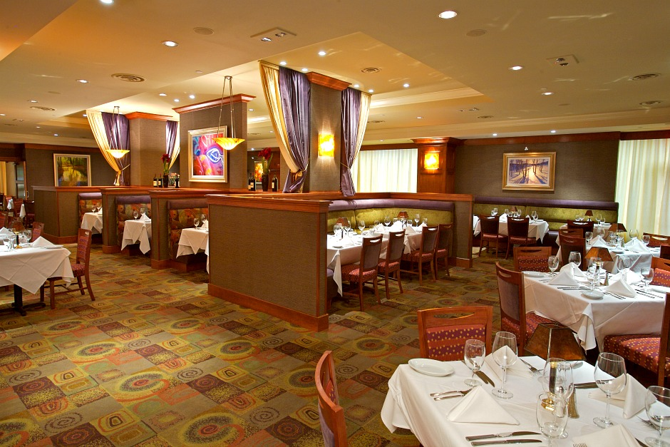 Interiors of Ruth Chris Steakhouse of Tysons
